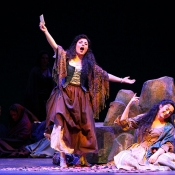 Frasquita in Carmen Dayton Opera Photo: Scott Kimmins ​